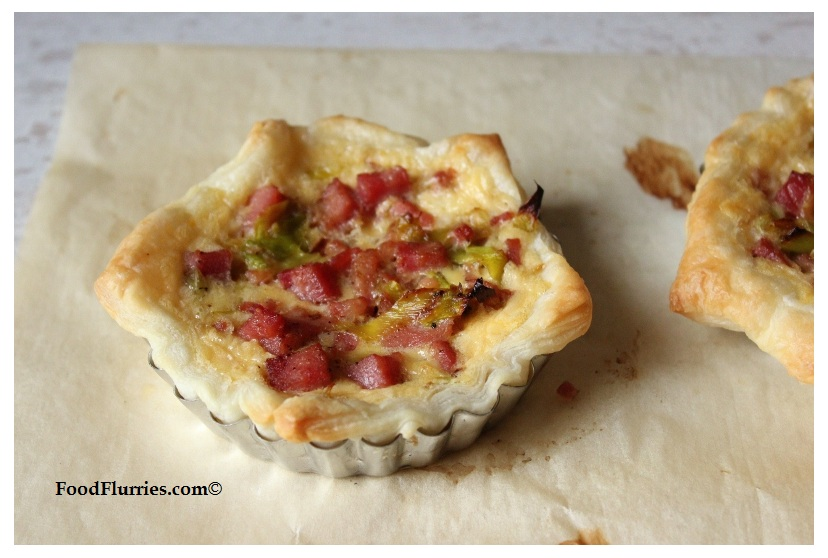 Leek & BAcon Puffy Tarts4