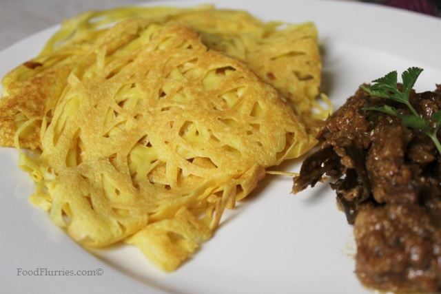 Roti Jala with Beef Rendang7