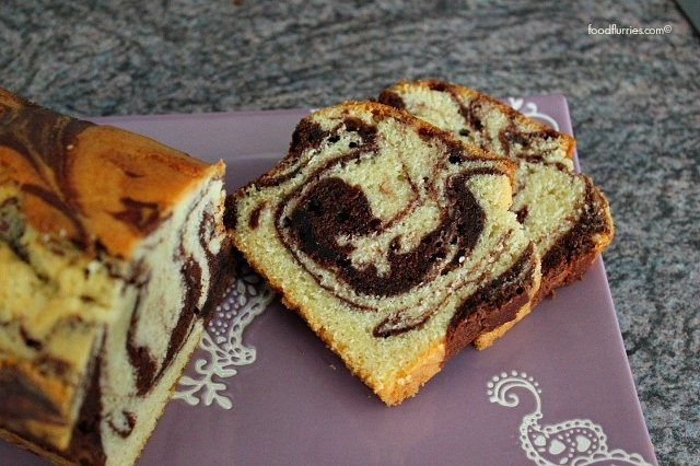 Buttery Marble Cake sliced (640x426)