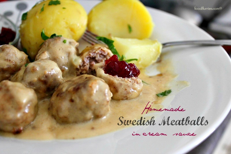 Swedish meatballs_in cream sauce0