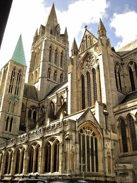 England_Truro Cathedral1 (480x640)