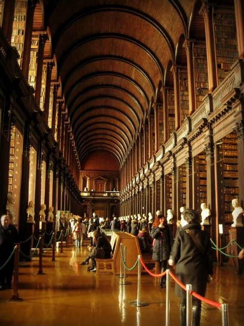 Trinity College _ Long Room1 (480x640)